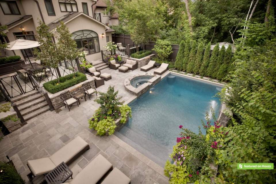 Best swimming pool builders in toronto for Pool design houzz