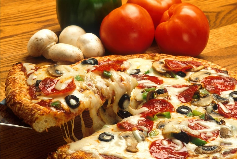Best pizza places in roncesvalles for All about italian cuisine