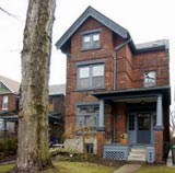 152 Macdonell | Roncesvalles area