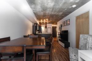 06-dining-room