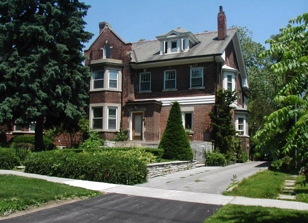 11 Parkwood Avenue Suite #1 - West Toronto - Forest Hill