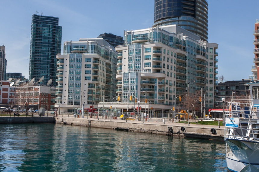 600 Queens Quay #329 - Central Toronto - Downtown