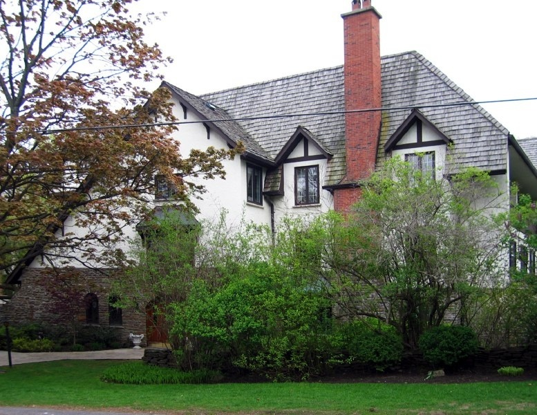 71 Old Mill Road - West Toronto - The Kingsway