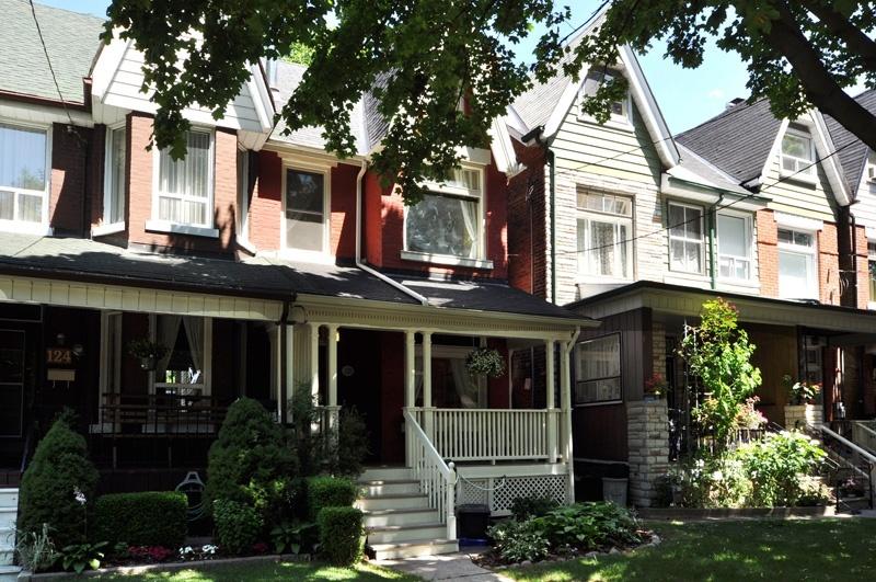 122 Pearson Avenue - West Toronto - Roncesvalles