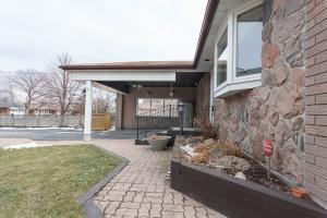 100 Smithwood Drive - West Toronto - Etobicoke