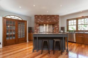 kitchen-overview2