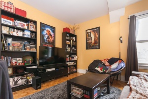 18 second living room