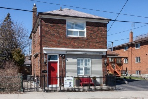110 Mimico Avenue - Toronto - New Toronto/Mimico
