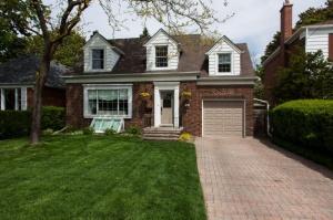 163 Prince Edward Drive - West Toronto - Sunnylea Etobicoke