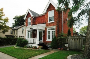 17 Queens Drive - Toronto - Weston Village