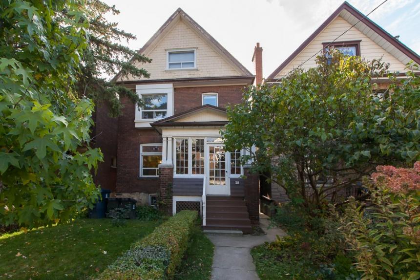 211 Pearson Avenue - West Toronto - Roncesvalles