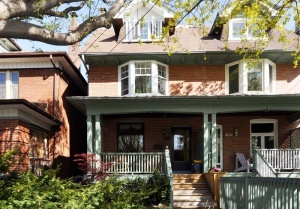 218 Ashworth Avenue - Central Toronto - The Annex