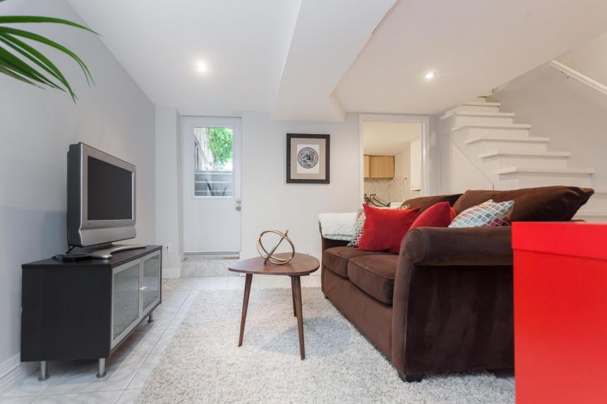 lower-living-room3