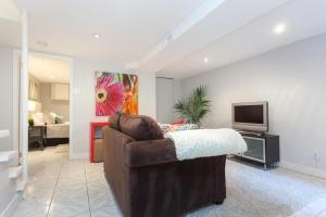 lower-living-room2