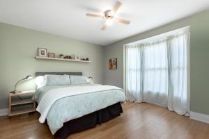 main-bedroom