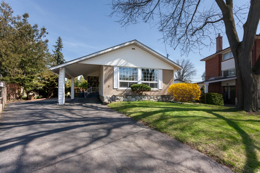 3 Eriksdale Road - West Toronto - Markland Wood