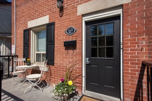 327 Howland Avenue - Central Toronto - The Annex