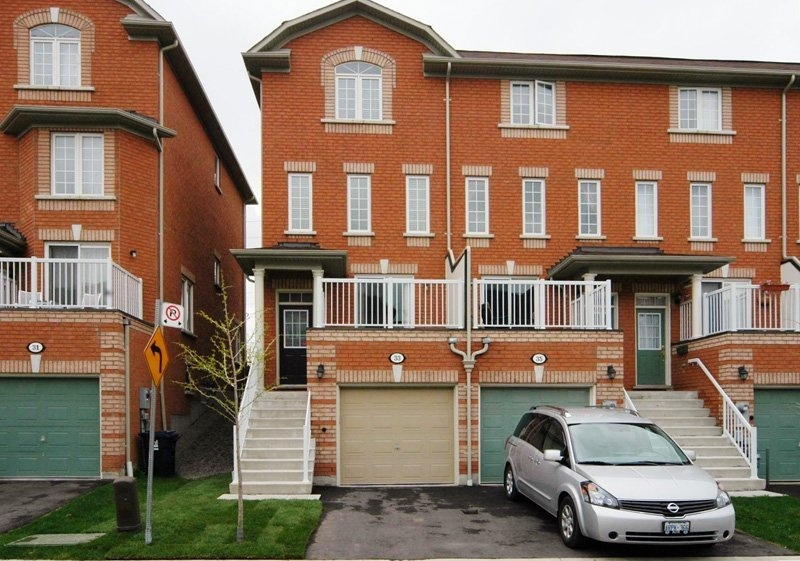 33 Tommy Douglas Gardens - Toronto - York