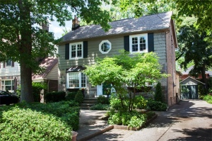 44 Belvedere Blvd - West Toronto - The Kingsway