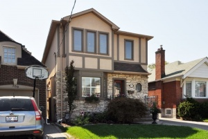 557 Broadway Avenue - Central Toronto - Leaside