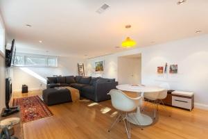 lower-living-room