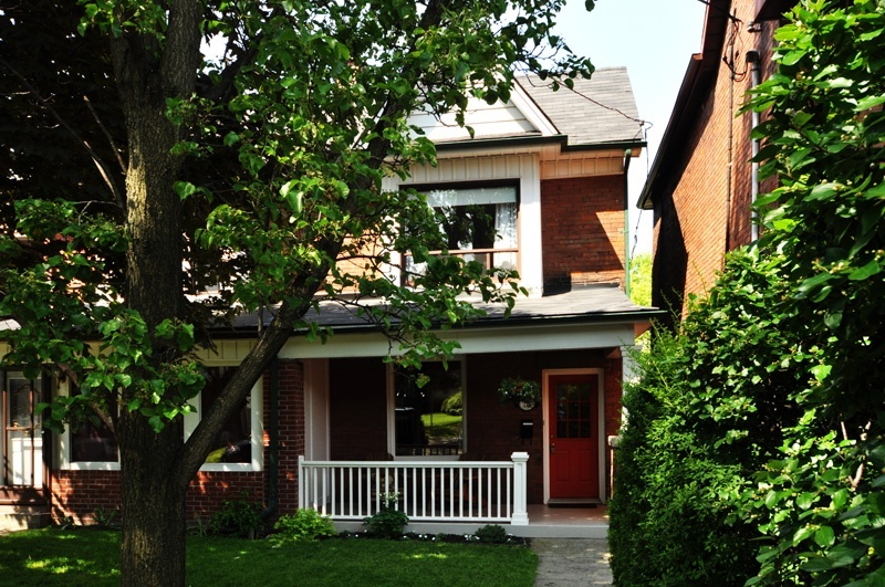 78 Medland Crescent 06/2011 - West Toronto - High Park