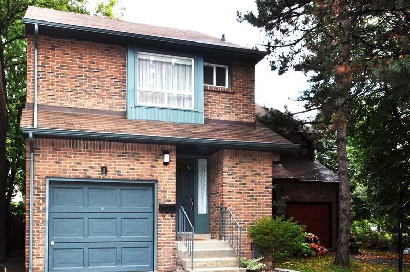 9 Markburn Court - Toronto - Eglinton & Renforth