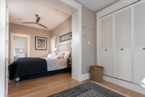 28-main-bedroom